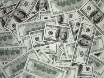 Нью-йорский фонд по борьбе с раком груди обвинили в растрате 9 миллионов долларов