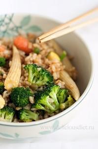 Зеленые овощи и коричневый рис защитят от рака