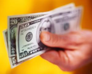18-летняя американка собрала $17 тыс, притворившись больной лейкемией