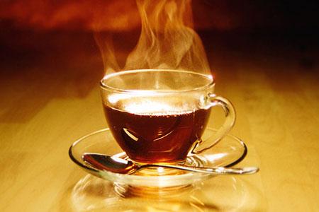 Пьете чай? Подумайте о горле!