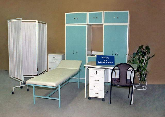 Мебель является неизменным атрибутом внутренней обстановки медицинских учреждений