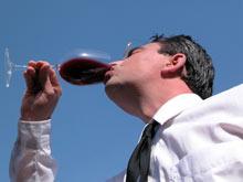 Превышение нормы потребления спиртного грозит раком ротовой полости