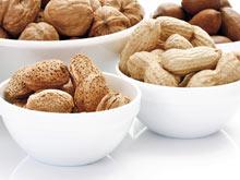 Курага, кедровые орехи, миндаль и арахис, — универсальная защита от рака печени