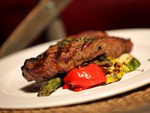 Жареное красное мясо повышает риск развития рака простаты