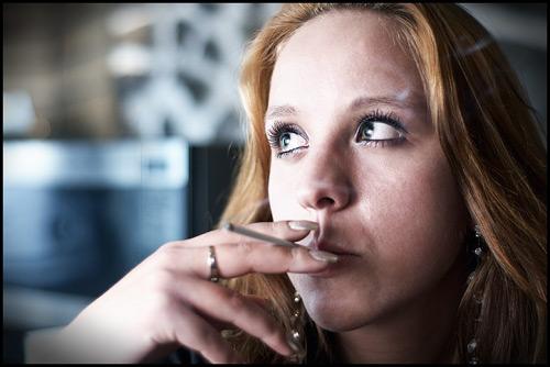 Одинокие курильщики могут вызвать у вас рак
