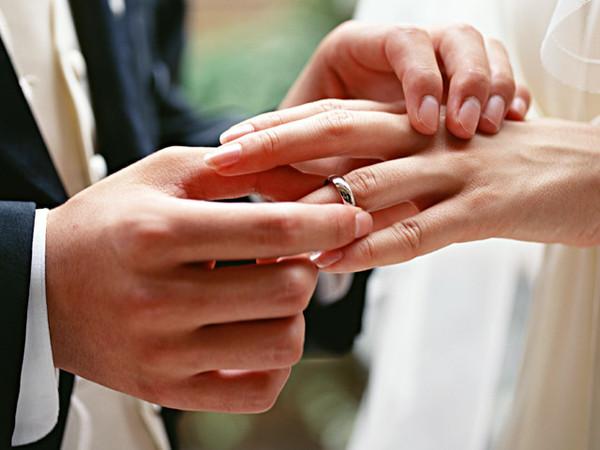 Брак влияет на рак?