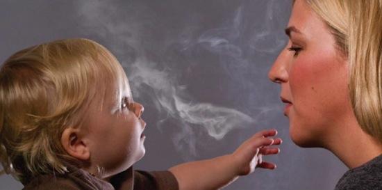 Сигаретный дым и ребенок