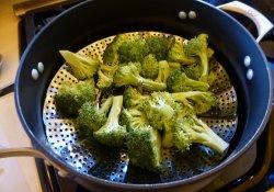 Предотвратить рак поможет брокколи