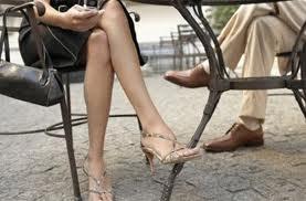 Не сидите нога на ногу