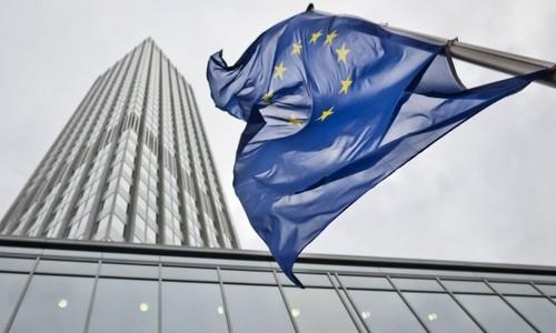 Препарат Кадсила компании Рош зарегистрирован Европейской Комиссией (ЕС) для применения при распространённом HER2-позитивном раке молочной железы
