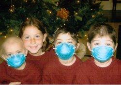 США: 8-летняя девочка спасла от рака двух младших братьев