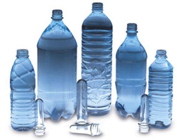 Напитки в пластиковых бутылках увеличивают риск рака еще в утробе