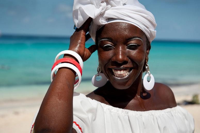 Темную кожу люди развили в качестве защиты от рака