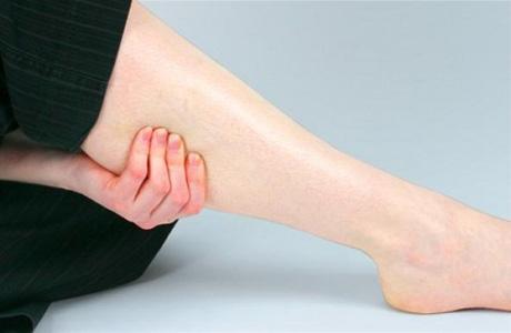 В чем причина острого тромбофлебита и как его лечить