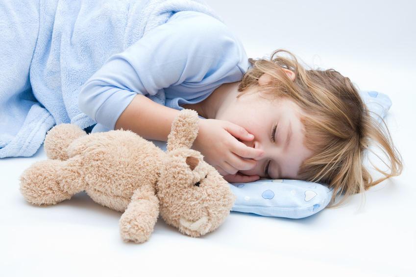 Помощь ребенку при отравлениях