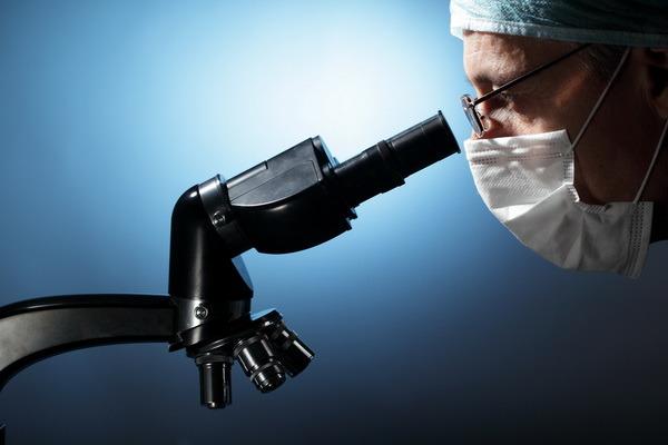 Немецкие ученые изобрели средство борьбы с раковыми опухолями