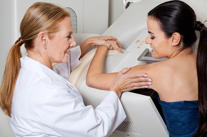 Ежегодная маммография не спасает от рака груди
