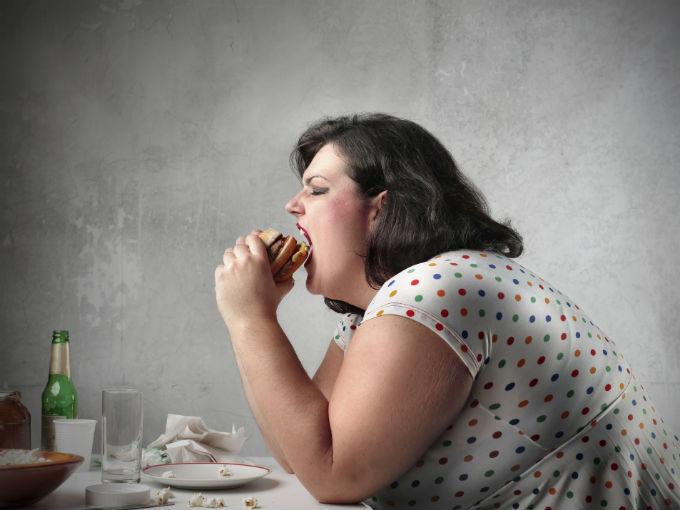 Ожирение у женщин повышает риск семи видов рака
