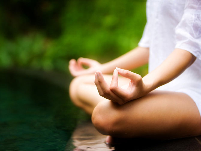 Исследования показывают: прогестерон и медитация защитят от рака груди