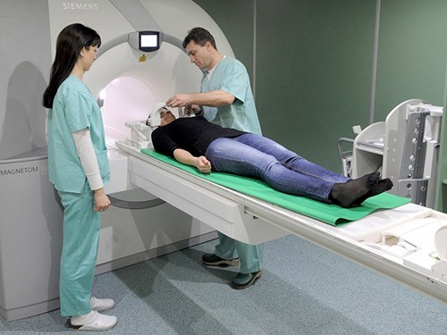 Врачам на Сахалине доплатят за выявление рака на ранней стадии