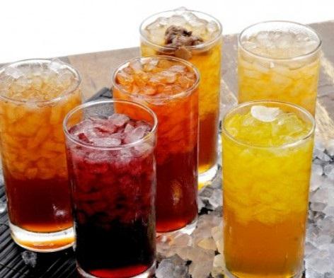 Ученые доказали, что сладкие напитки повышают риск развития рака груди