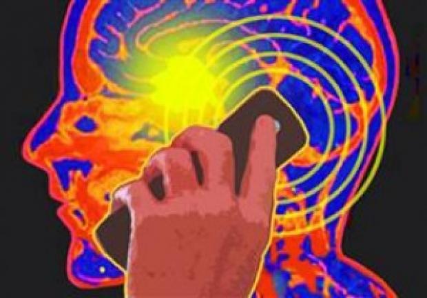 Мобильные телефоны и Wi-fi вызывают рак