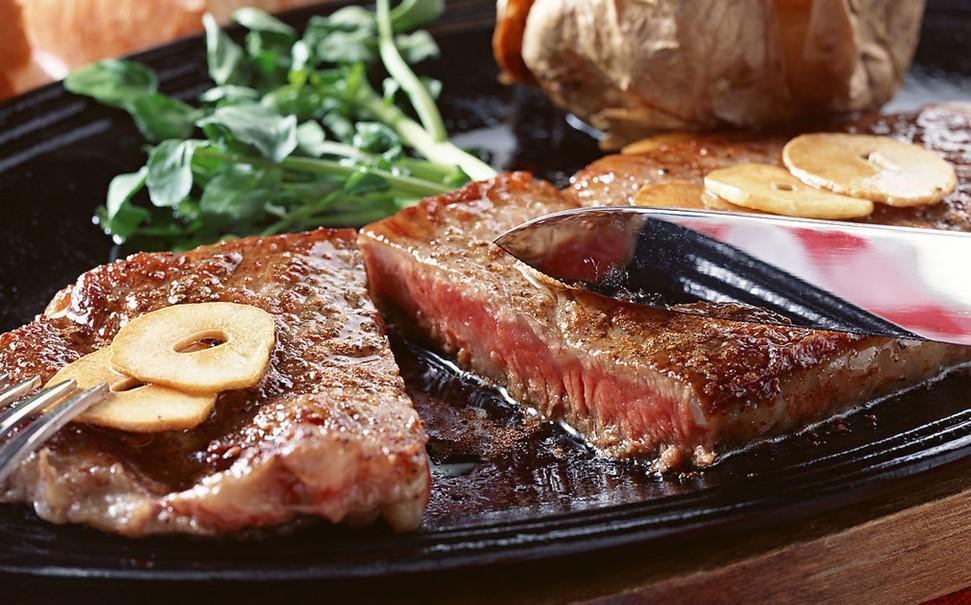 Жирная пища повышает риск возникновения рака молочной железы