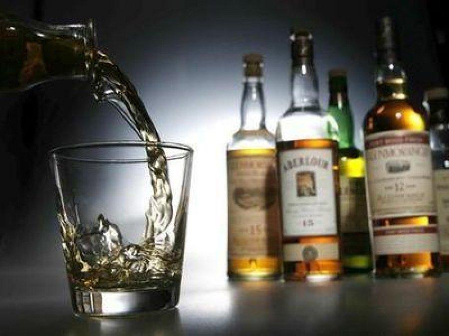 Ученые: рак груди рискуют получить девушки, употребляющие алкоголь