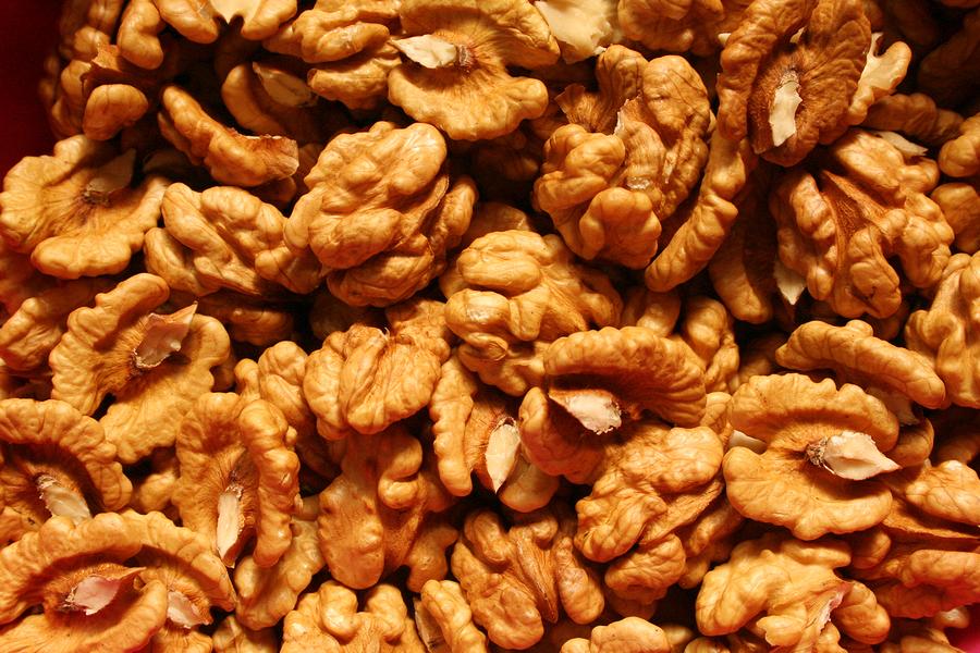 Грецкие орехи замедляют развитие рака