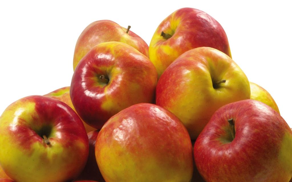 Яблоки предотвращают развитие опухолей