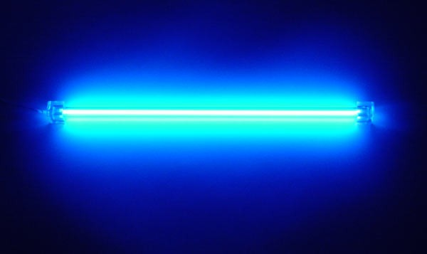 Платина и свет синей лампы: новое решение для борьбы с раком