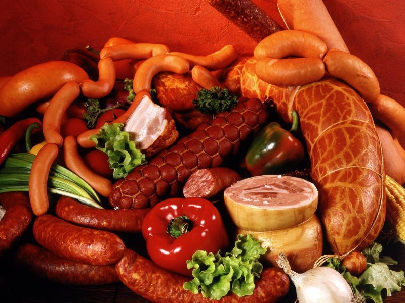 Чрезмерное потребление колбасных изделий может вызвать рак