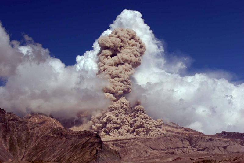 Вулканические выбросы провоцируют рак щитовидной железы