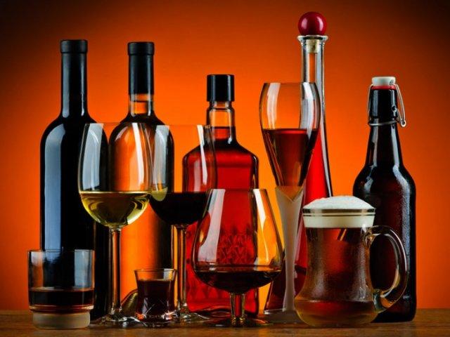 Алкоголь повышает риск возникновения рака груди