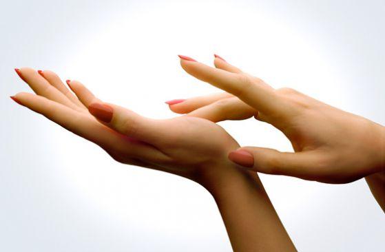Каким средством отбелить свою кожу, избавив ее от дефектов?