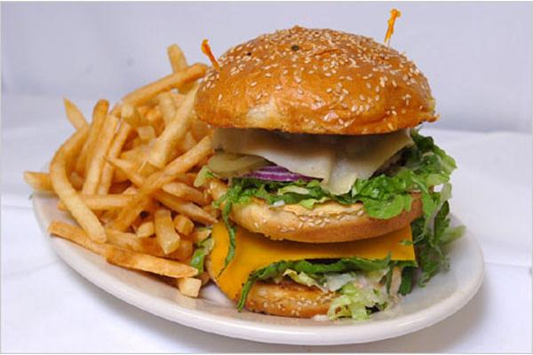 Почему жирная пища приводит к раку?