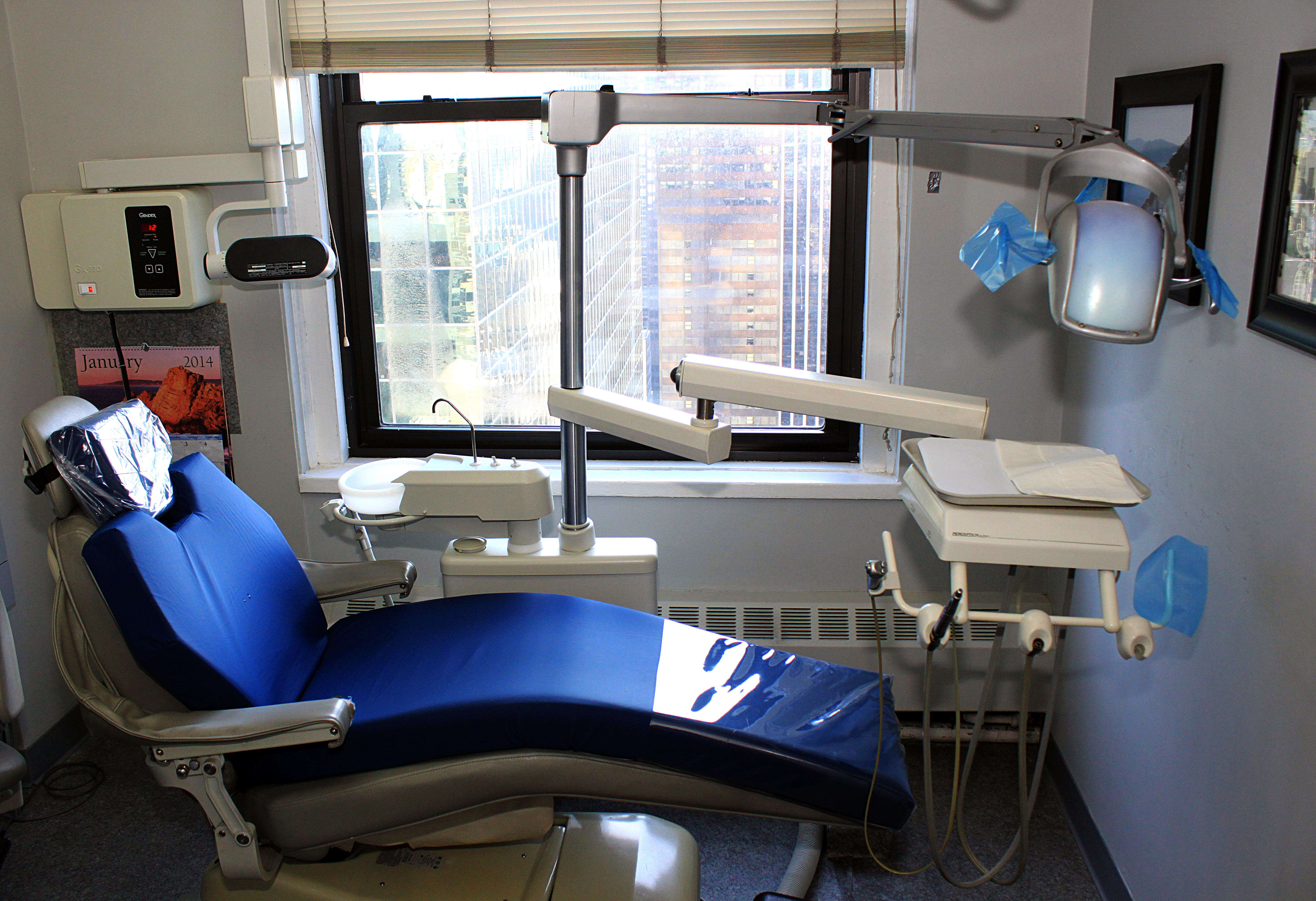 Стоматология и десны: лечите пародонтит своевременно!