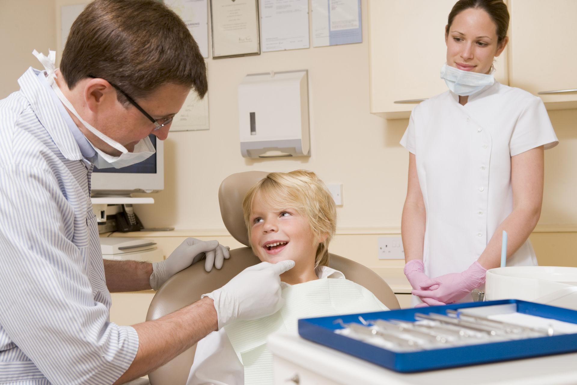 Как правильно выбрать стоматологический центр и стоматолога