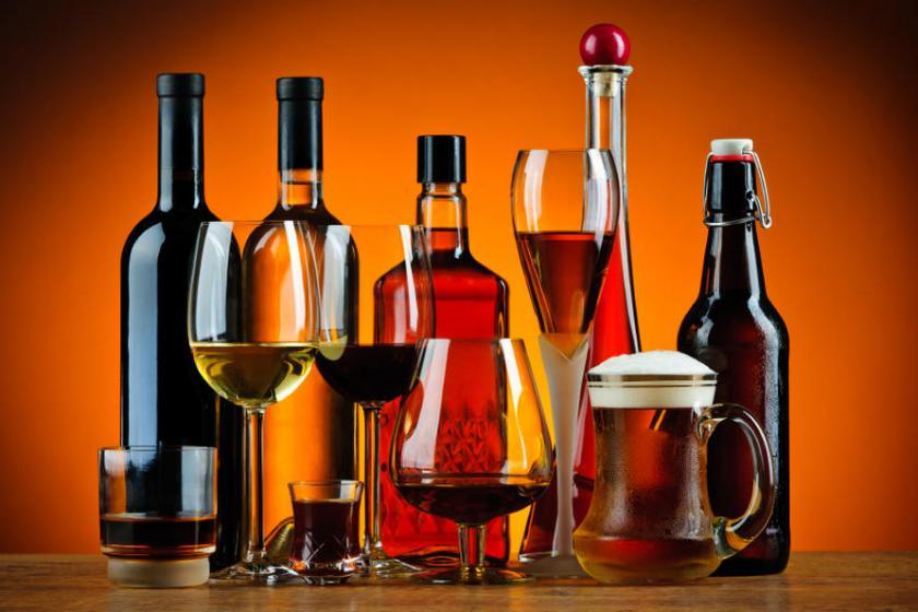 Алкоголь становится ежегодно причиной смерти от рака 9000 человек