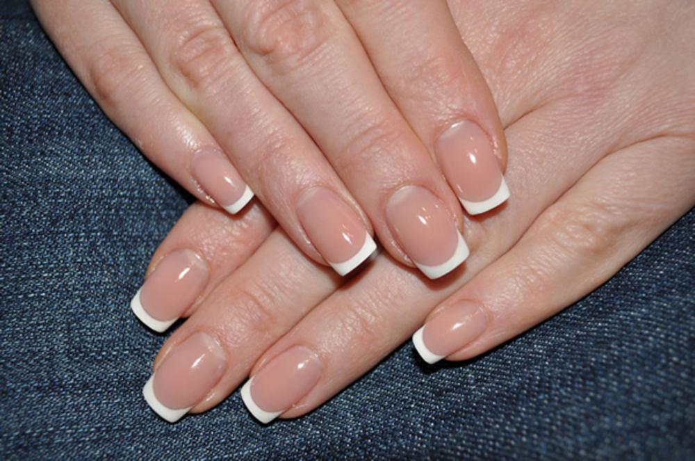 Наращивание ногтей может привести к развитию рака кожи
