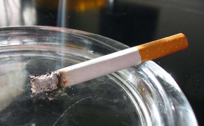 Сигарета после пробуждения значительно повышает риск рака