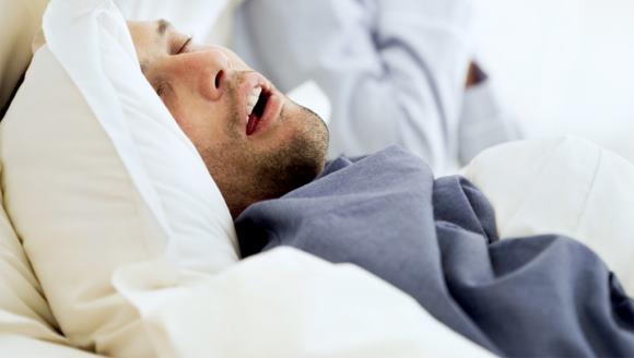 Синдром сонного апноэ: симптомы, лечение, профилактические мероприятия