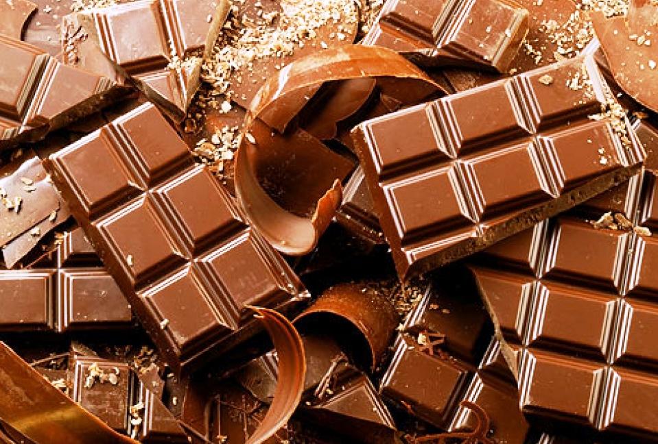 Шоколад, кофе и кола снижают риск возникновения рака кожи