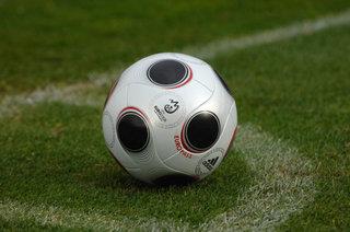 Особенности футбольных мячей марки Адидас