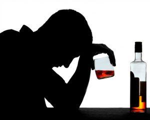 Злоупотребление алкоголем значительно повышает риск возникновения рака
