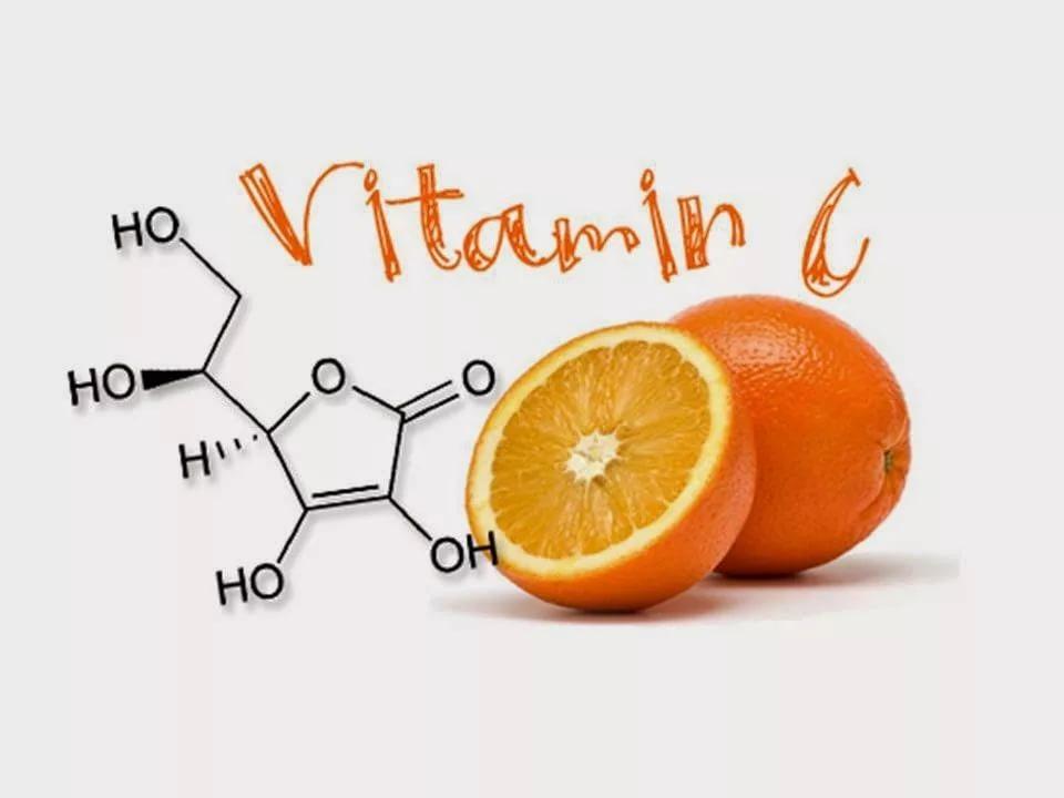 Витамин С может помочь в борьбе с раковыми опухолями