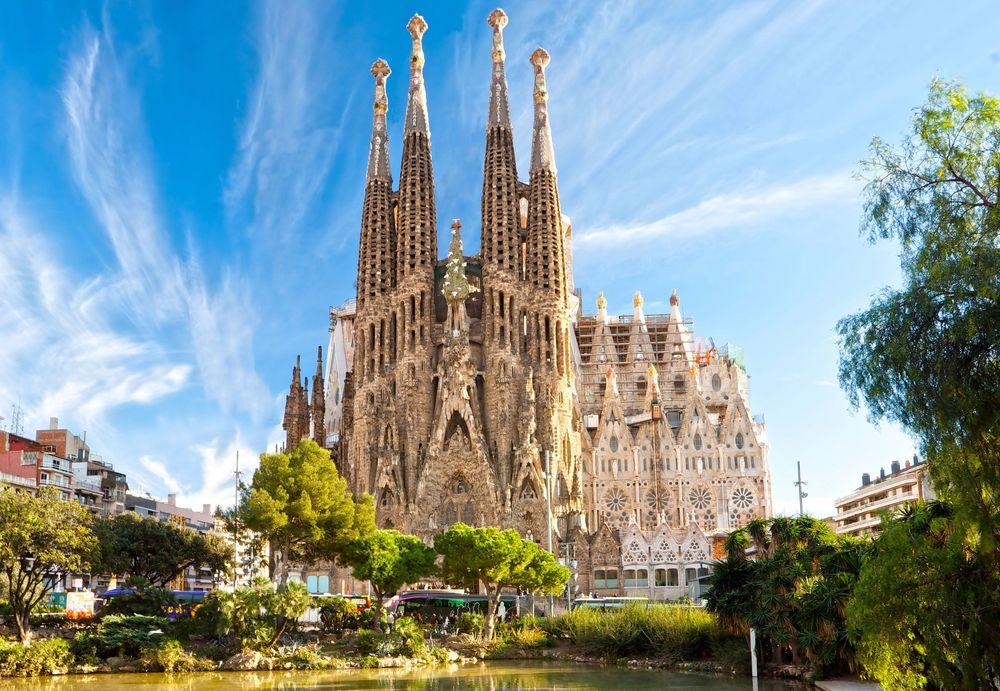 Испания – страна огромных возможностей… для туристов