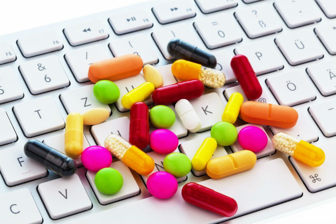 Можно ли покупать лекарства онлайн?