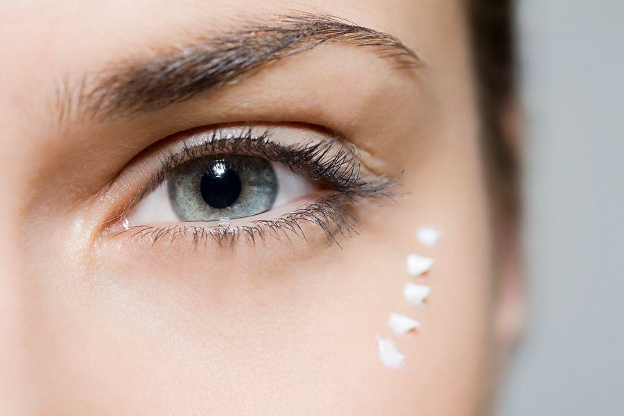 Методы омоложения кожи вокруг глаз