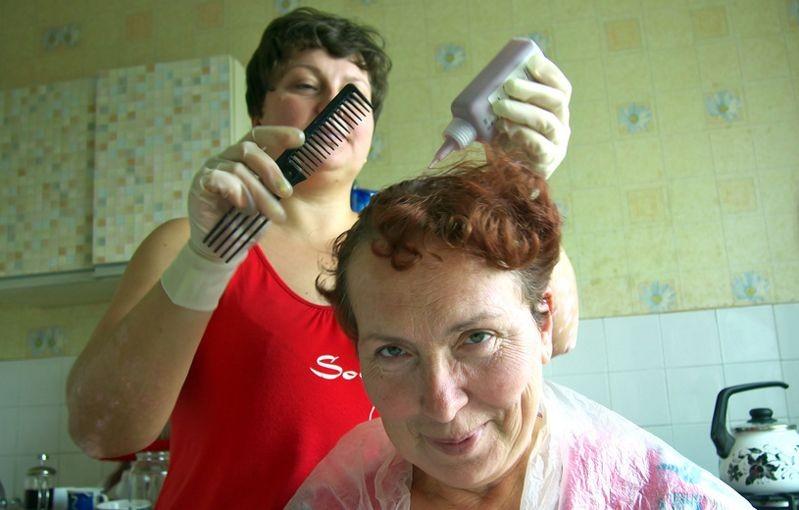 Краску для волос заподозрили в повышении риска рака груди